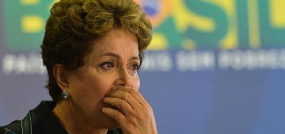 Dilma Rousseff enfrenta grave crise no Governo