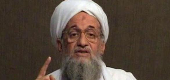 El lider de Al Qaeda quiere acercarse a 'EI'