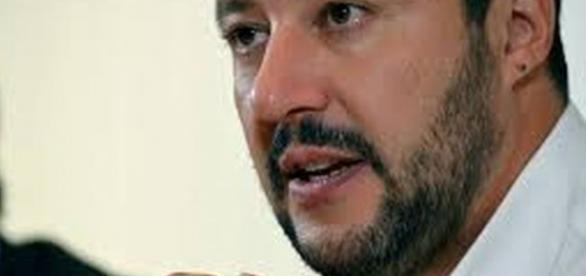 Il piano di Salvini: sciogliere la Lega Nord.