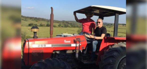 Roberto Justus vai apresentar A Fazenda 8