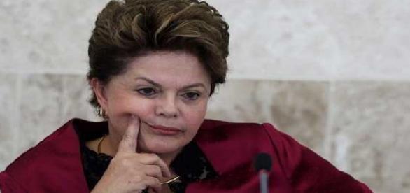 Sem credibilidade, Dilma procura uma saída