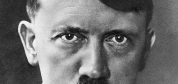 Liderul nazist Adolf Hitler si lectiile sale