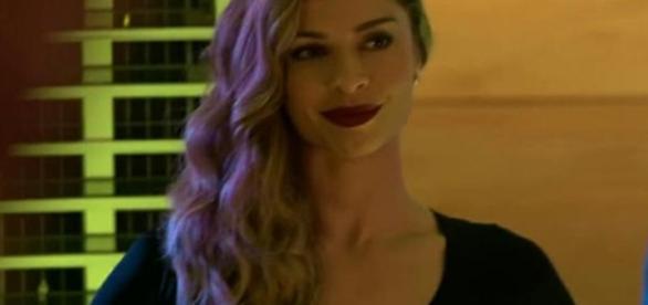 Grazi Massafera é Larissa em 'Verdades Secretas'