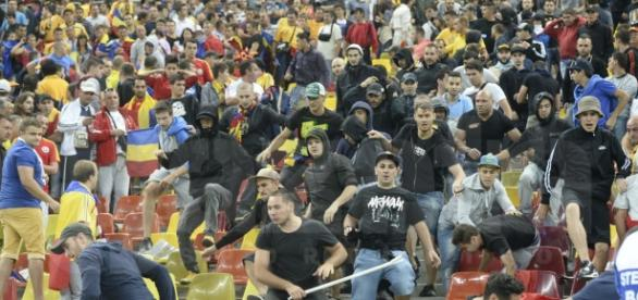 Suporterii rașisti au lovit in Naționala de fotbal