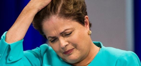 PT não descarta renúncia de Dilma Rousseff