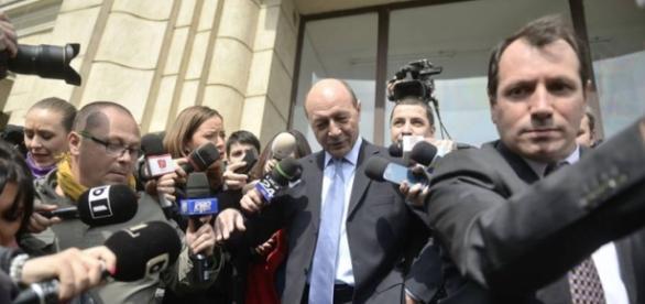 Băsescu a fost inculpat de procurori