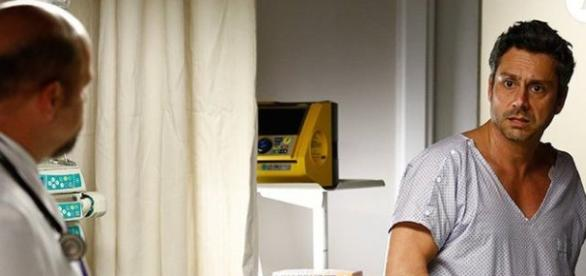 Romero descobre doença (Foto: Divulgação/TV Globo)