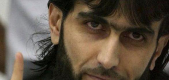 Polițistă înjunghiată de un musulman