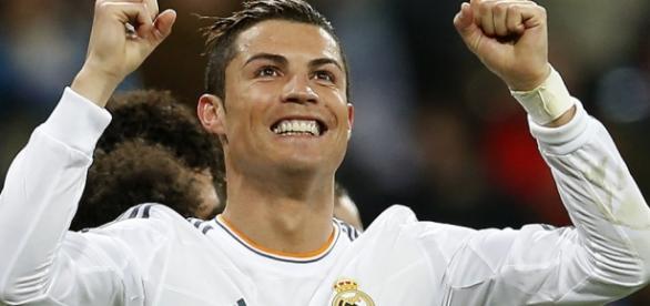 Cristiano Ronaldo vai ganhar muito em Paris.