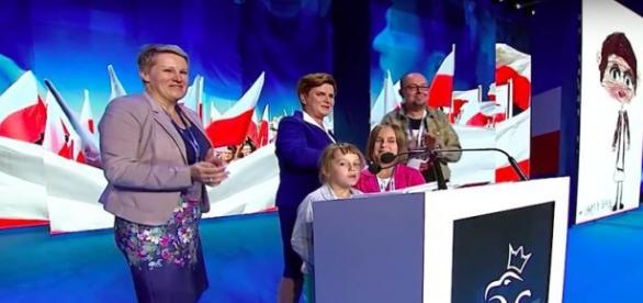 Beata Szydło w czasie Konwencji Programowej PiS