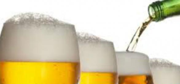 Berea este limpede în pahare, dar dubioasă