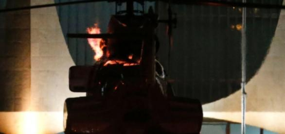 Helicóptero da Presidente Dilma Rousseff em chamas