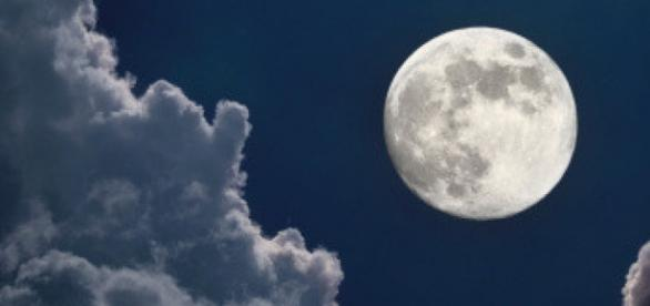 Super Lua aconteceu há menos de um mês