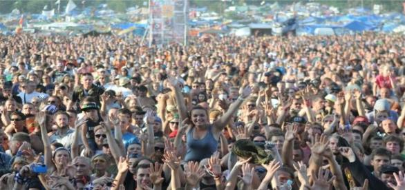 Tłumy uczestników 21 Przystanku Woodstock.