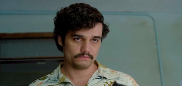 Wagner Moura é Pablo Escobar em 'Narcos'
