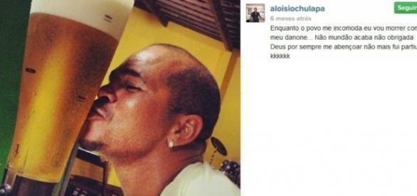 Aloísio Chulapa e o seu inseparável danone