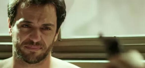 Angel mata Alex no final de 'Verdades Secretas'