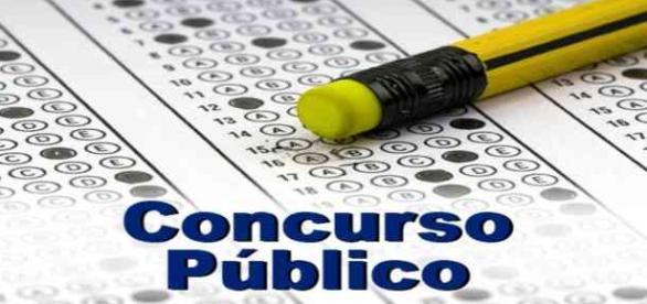 Concursos com editais previstos para 2015