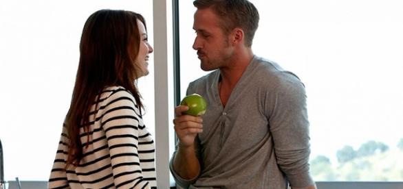 Os atores estariam vivendo um romance/ Divulgação