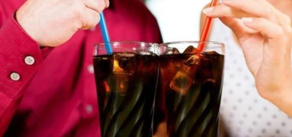 Refrigerante faz mal ou bem? Beba com moderação!