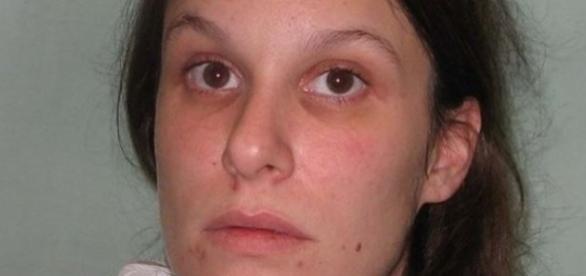 Sarah Sands condenada por matar homem pedófilo