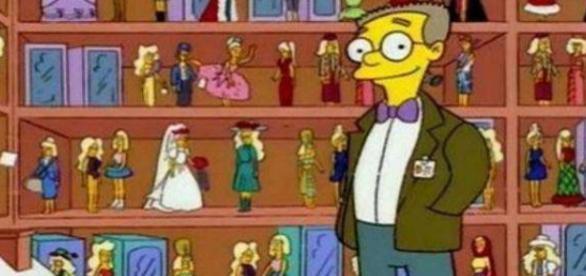 Smithers con la sua collezione di Malibu Stacy