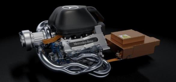 Mercedes-Benz V6 PU106A Hybrid