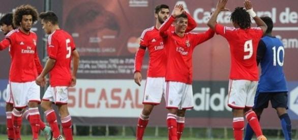 Benfica só com vitórias na Champions de juniores