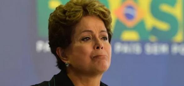 Temer diz que Dilma não aguenta mais 3 anos