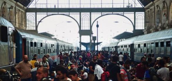 Dworzec Keleti. Tłumy szturmują pociągi. Węgry