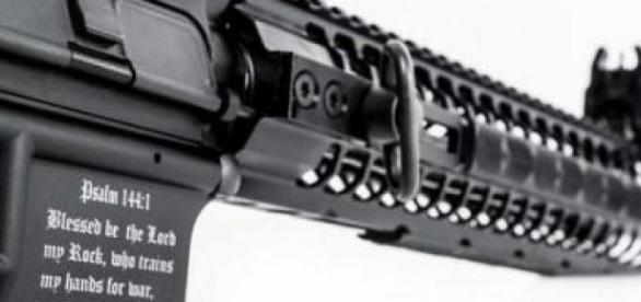 """Arma """"antimusulmană"""" lansată de pușcașul marin"""