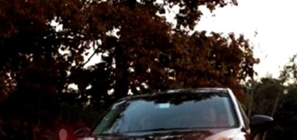 "Italianul a fugit cu un ""SUV"" negru."