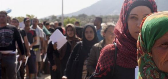 Miles de refugiados llegan a Europa