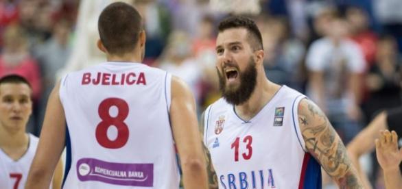 TREMENDOS. Bjelica y Radujica clave en Serbia.