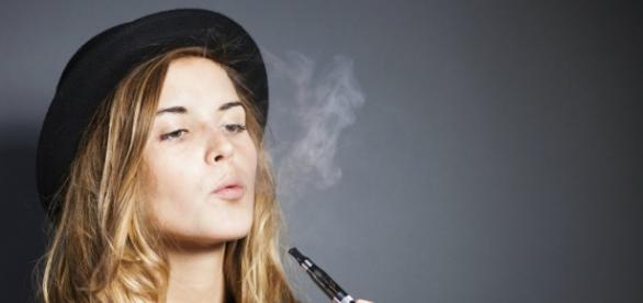 El cigarrillo electrónico divide opiniones