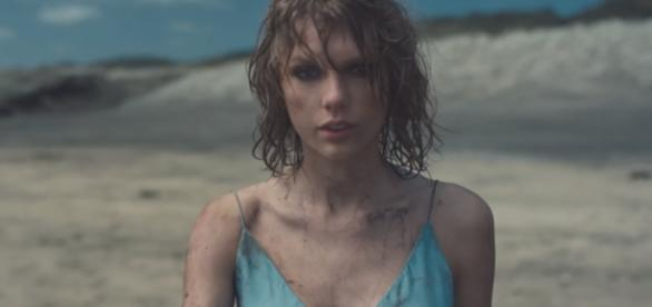 'Out Of The Woods' es el quinto sencillo de '1989'