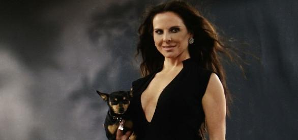 "Kate del Castillo protagonizó ""La Reyna del Sur"""