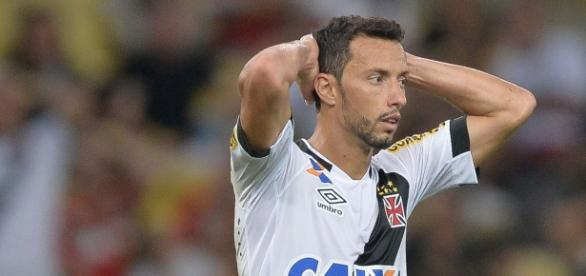 Nenê, meio campo do Vasco, era alvo do Palmeiras.