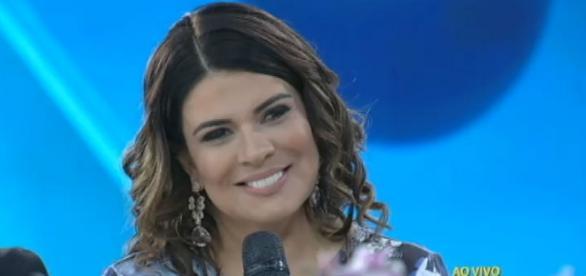 Mara Maravilha, cantora e apresentadora.