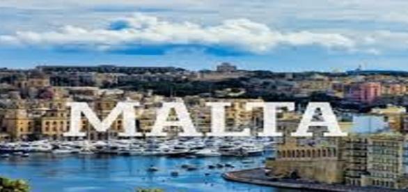 O país está contratando fluentes em português