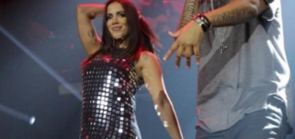 Anitta é agredida - Foto/Divulgação: R7