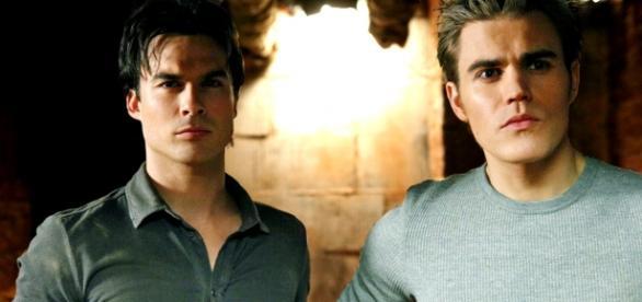 The Vampire Diaries: Damon e Stefan
