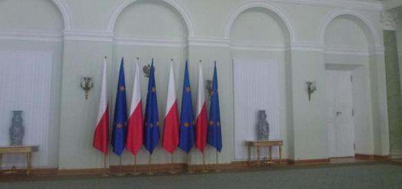 Polska demokracja zostanie zlustrowana?