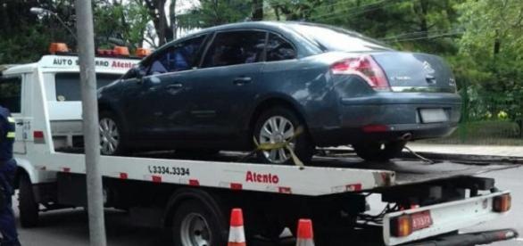 Uber teve sete carros recolhidos. Foto: Reprodução