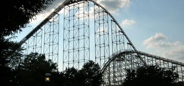 Rollercoaster (Wikimedia/Public Domain)
