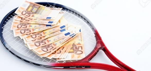 TENIS, unul din sporturile care rulează mulți bani