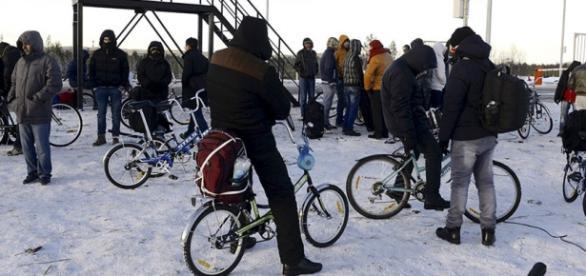 Imigranții trec din Rusia în Norvegia în 2015