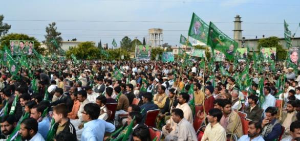 Manifestação islâmica no Paquistão