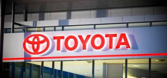 Vagas na Toyota. Foto: Signage Project Solutions.