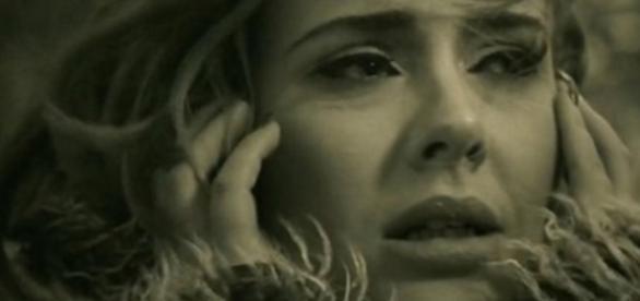 Adele - Foto/Reprodução: Youtube